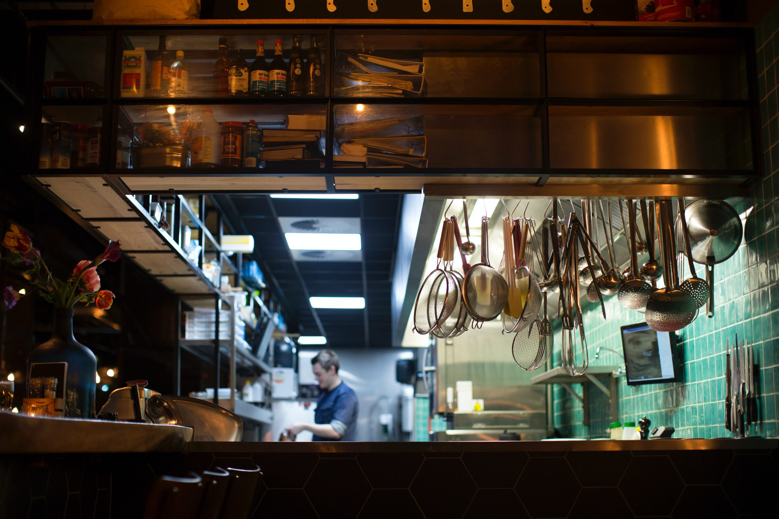 commercial kitchen cleaning | APS-HOODS | Denver | Colorado